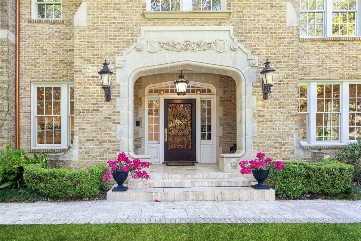 a true 1932 classic luxury homes