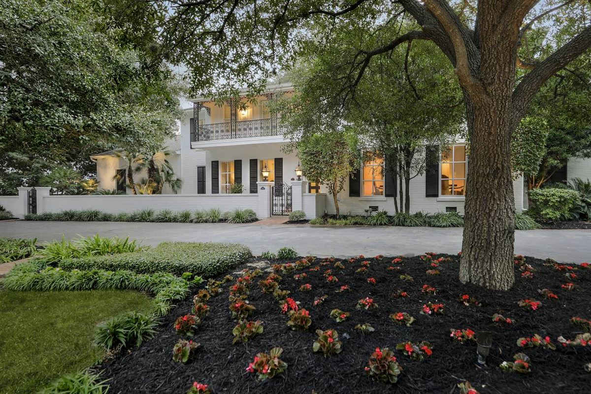 Luxury homes exquisite blend of history and sophisticated living