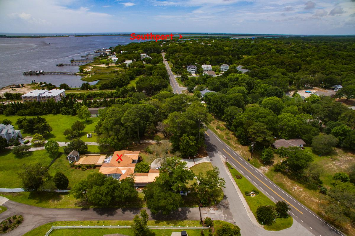 Luxury properties Beautiful view of the Cape Fear River