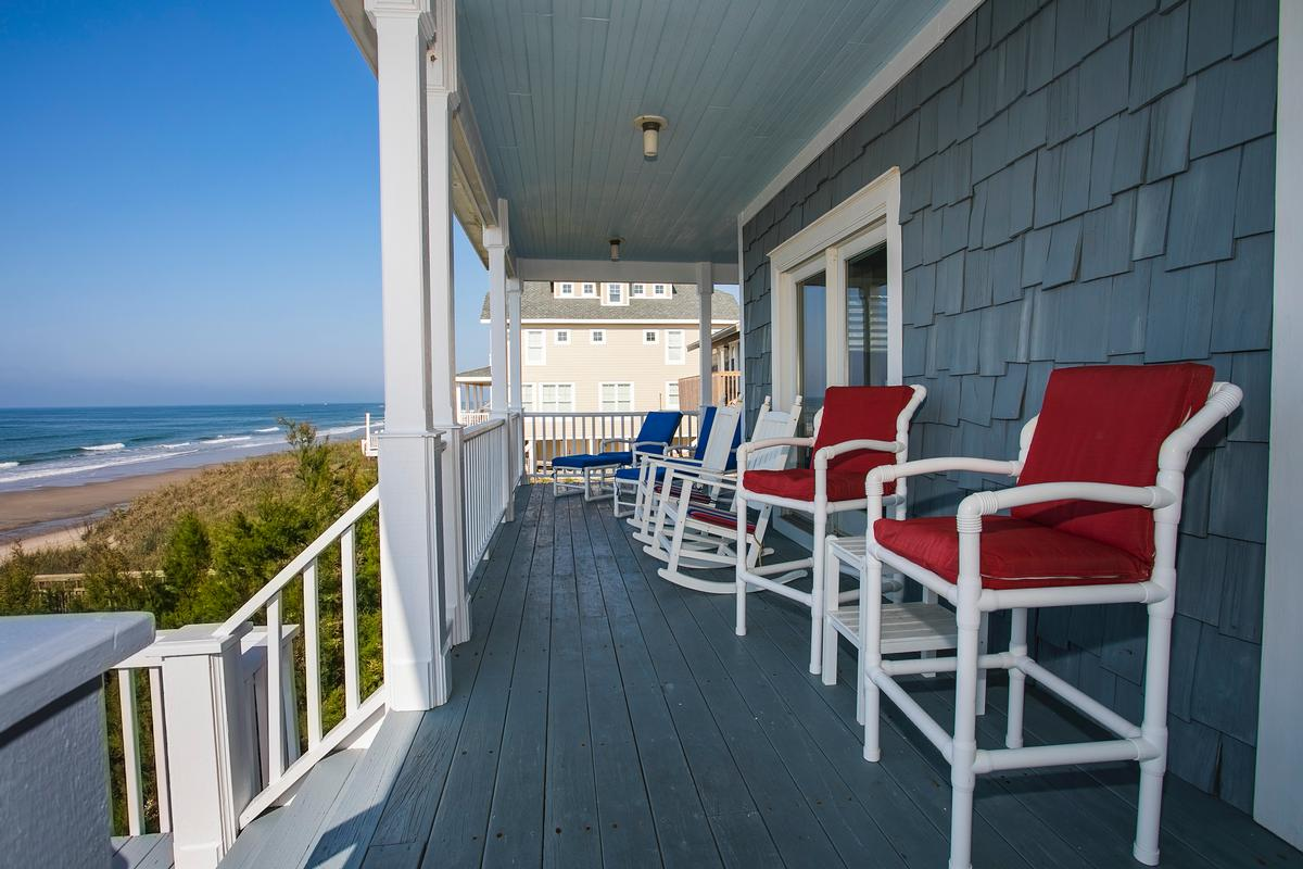 Exceptional custom oceanfront home luxury real estate