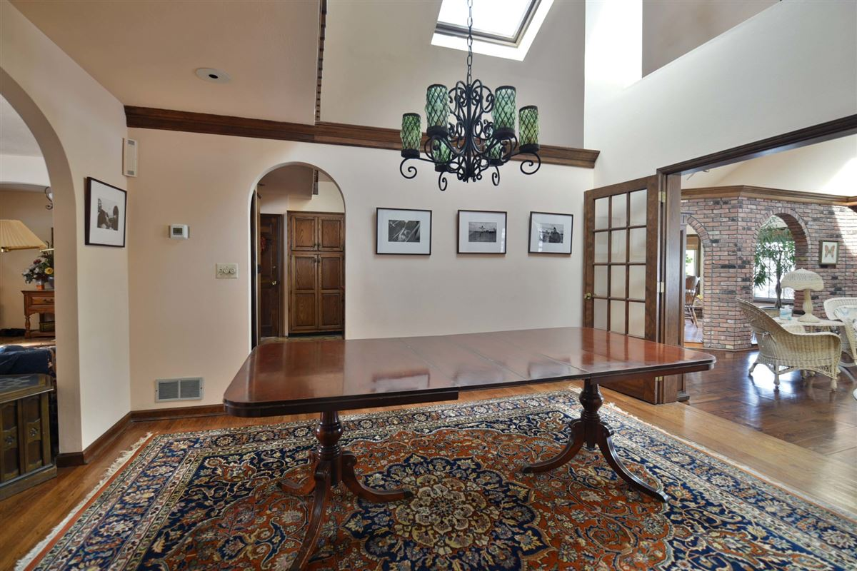 Luxury real estate spacious colonial in the heart of town