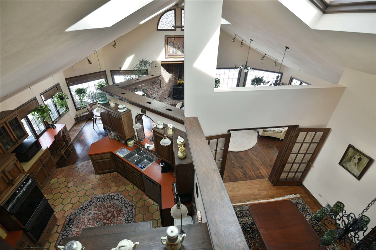 spacious colonial in the heart of town mansions