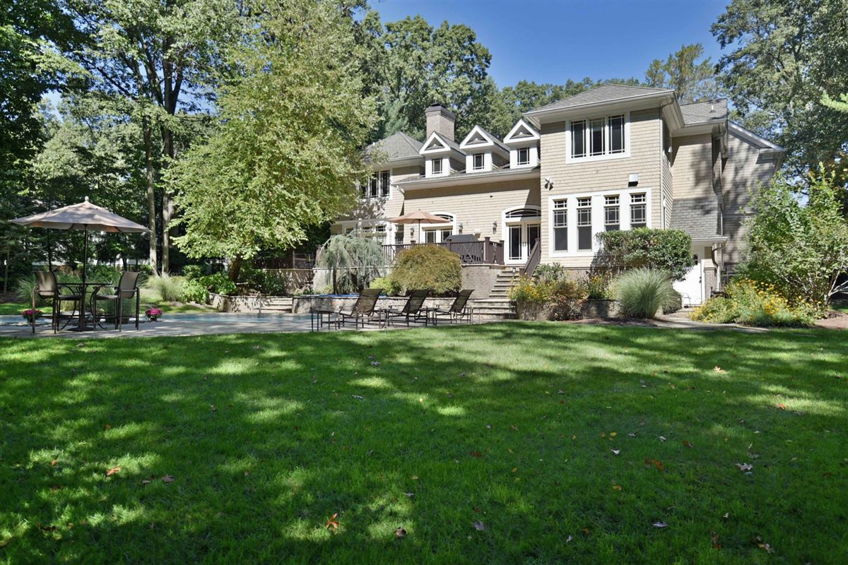 gorgeous custom designed manor luxury real estate