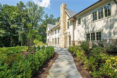this magnificent manor home is in premier location mansions