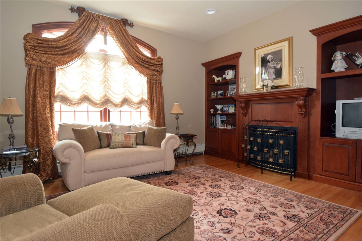 Mansions in  Luxury Living in Bergen County