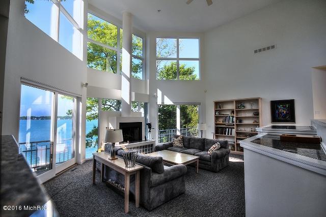 Luxury homes Impressive Custom Built Home