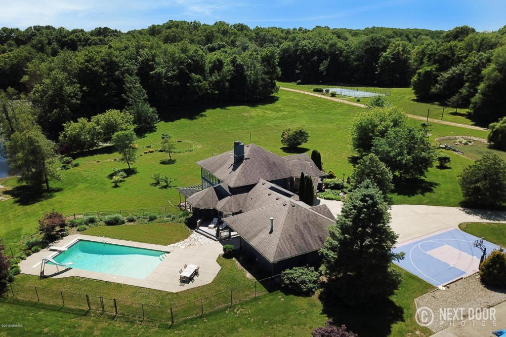Luxury homes in Magnificent 81 Acre Property