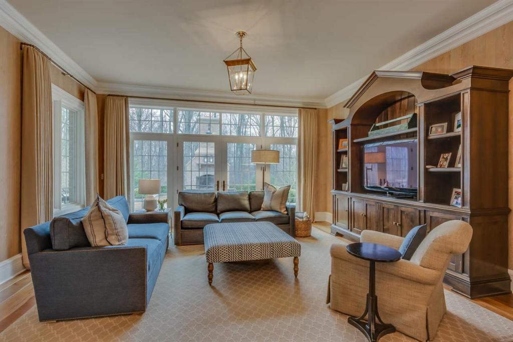 Georgian Inspired Home luxury properties