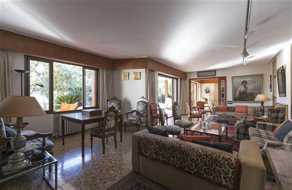 traditional villa in prestigious El Bosque luxury homes