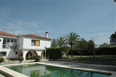 Exclusive Villa in Onteniente luxury real estate