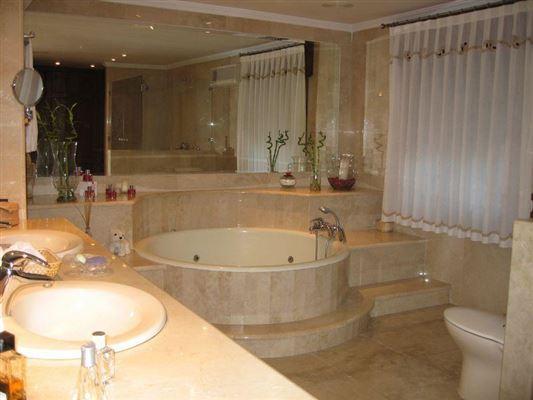 Luxury homes Exclusive Villa in Onteniente