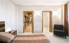 Luxury properties recently uilt villa in Godelleta