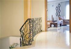 recently uilt villa in Godelleta mansions