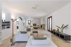 Luxury properties idyllic home in a tranquil setting