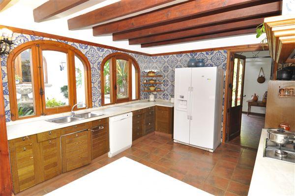 Luxury homes lovely rustic finca