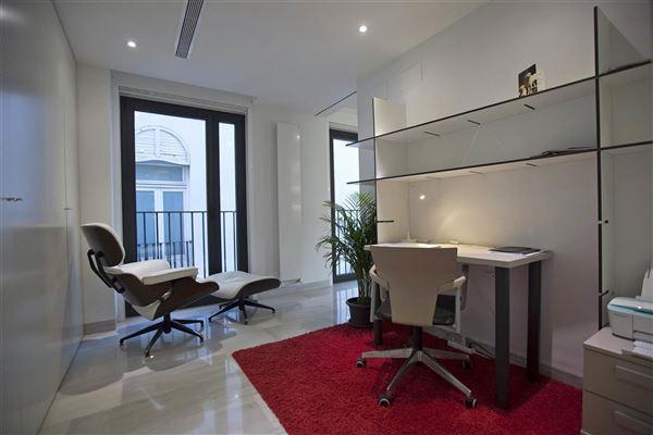 Luxury homes exclusive luxury penthouse is located in Xerea