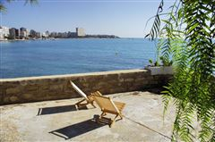 Luxury real estate an Exclusive seafront property