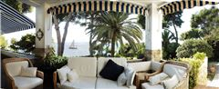 Luxury properties an Exclusive seafront property
