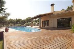 Magnificent chiva villa luxury real estate