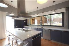 Luxury properties Magnificent chiva villa