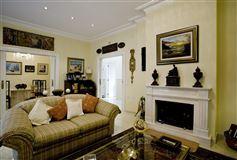 Private villa in La Eliana luxury real estate