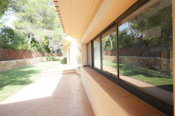 Magnificent chiva villa luxury homes