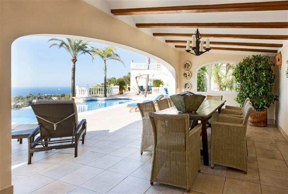 Magnificent villa in exclusive Portichol area luxury homes