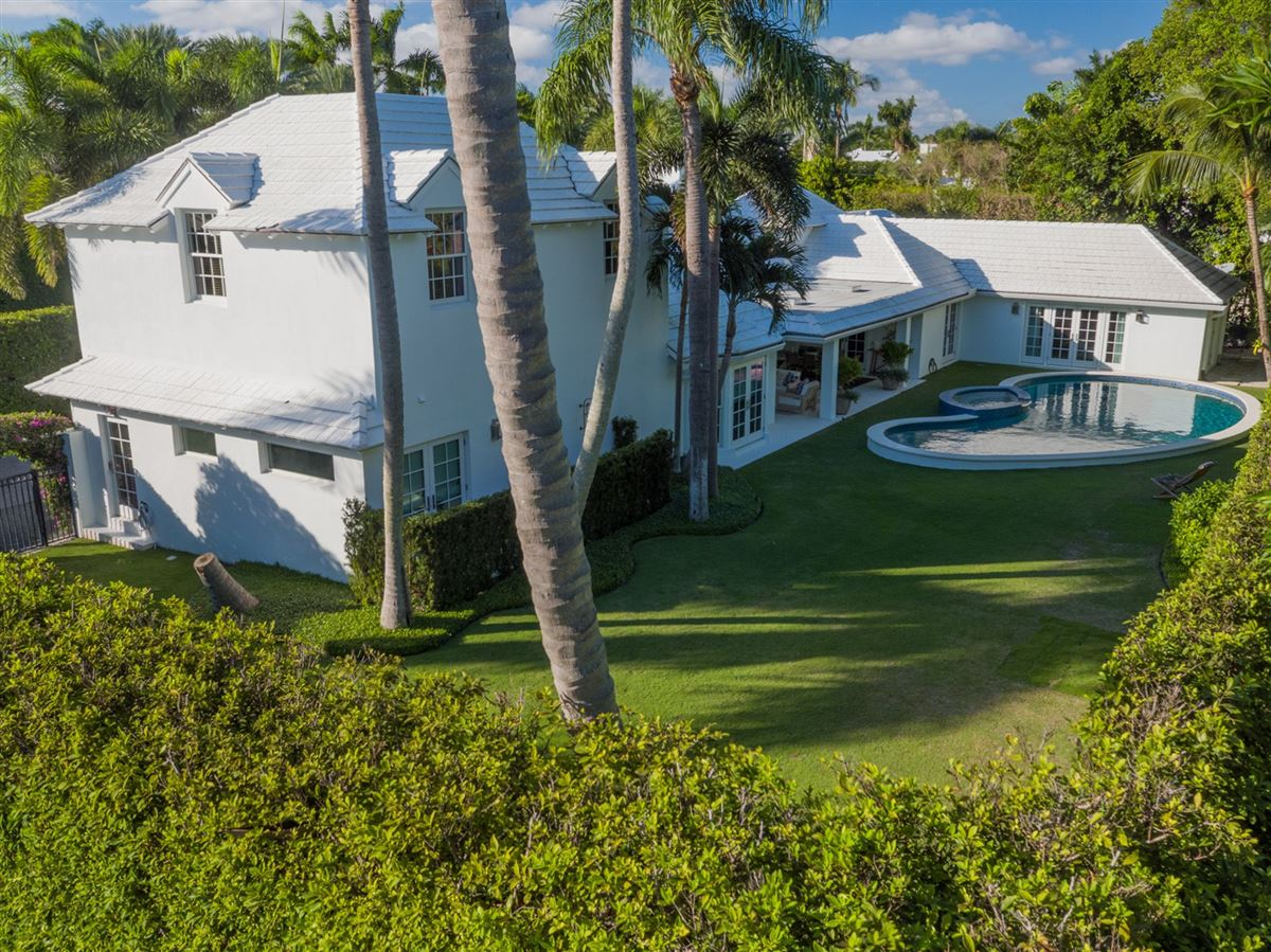 recently renovated modern bermuda style luxury real estate
