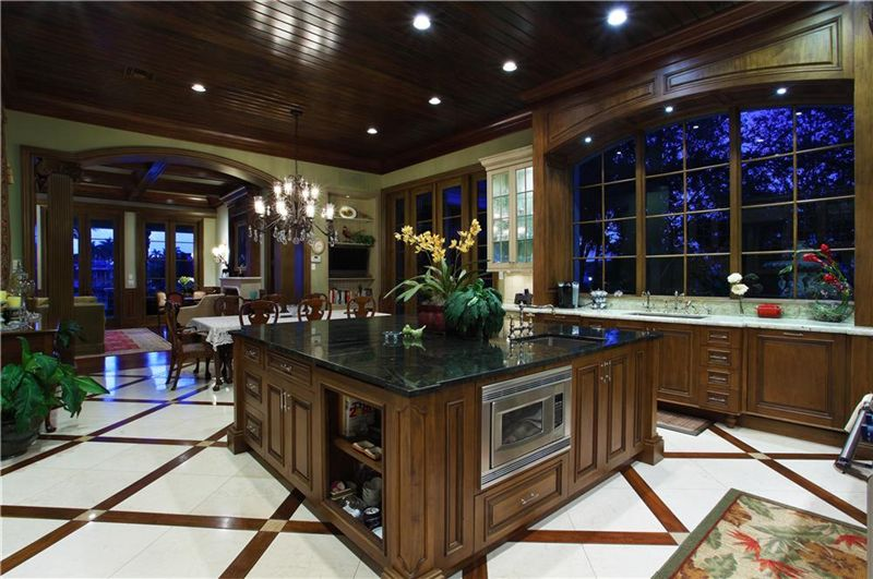 Luxury homes in over ten thousand square feet of luxury