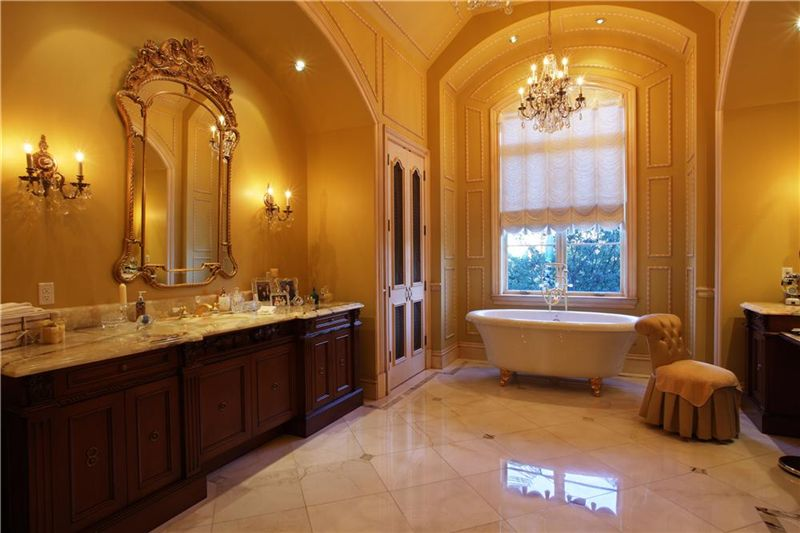 Luxury homes over ten thousand square feet of luxury