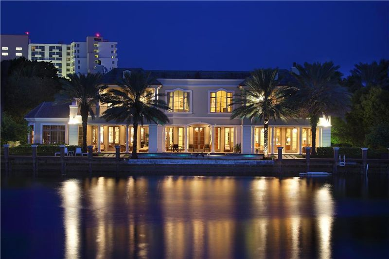 over ten thousand square feet of luxury  luxury real estate
