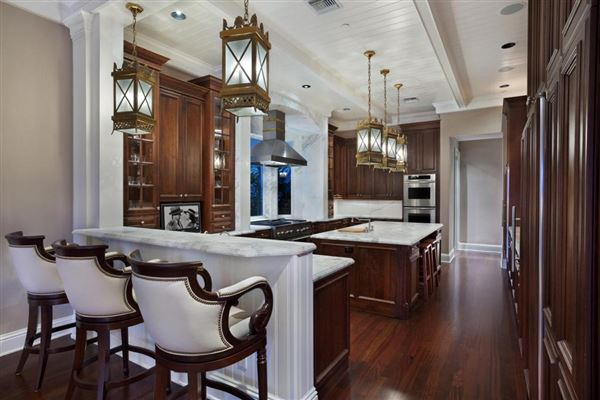 Luxury real estate  Palm Beach-inspired Georgian Intracoastal Estate