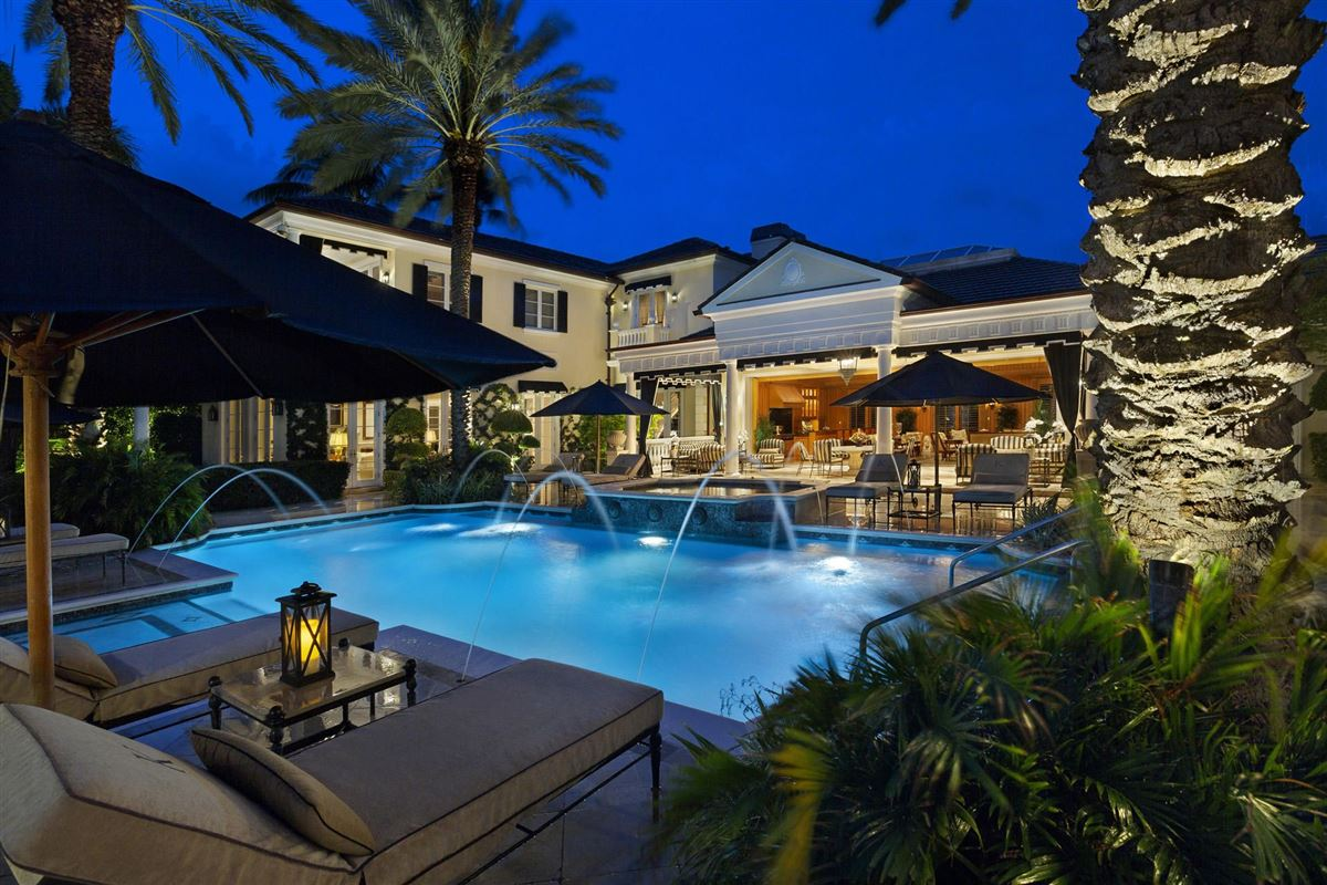 Mansions in  Palm Beach-inspired Georgian Intracoastal Estate