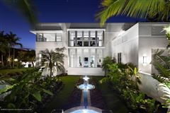 Mansions in exceptional craftsmanship