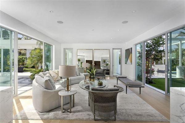 Mansions exceptional craftsmanship