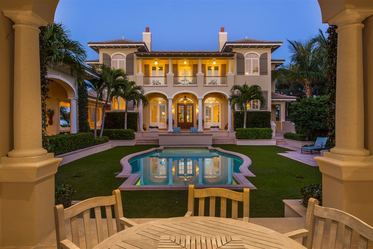 Luxury properties A private world within a resort paradise