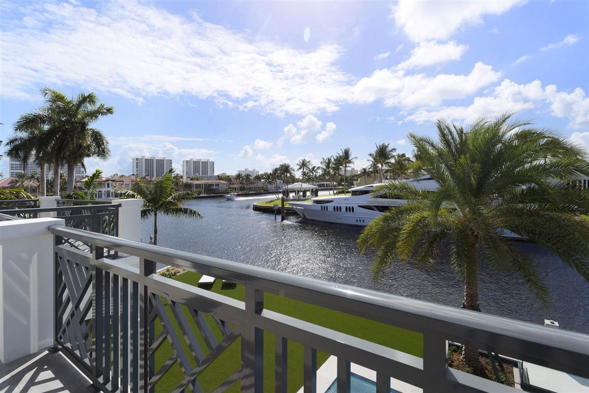 Luxury homes in new Royal Palm Grand Canal estate