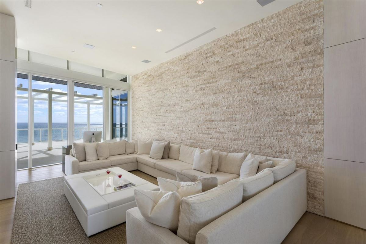 Luxury real estate ultimate penthouse in Boca Raton