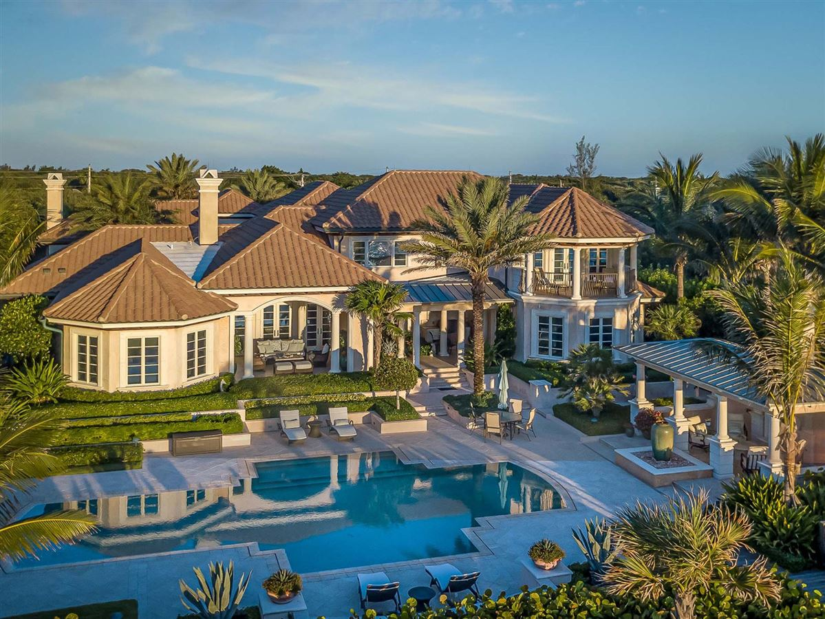 Luxury homes magnificent estate in ocean pearl