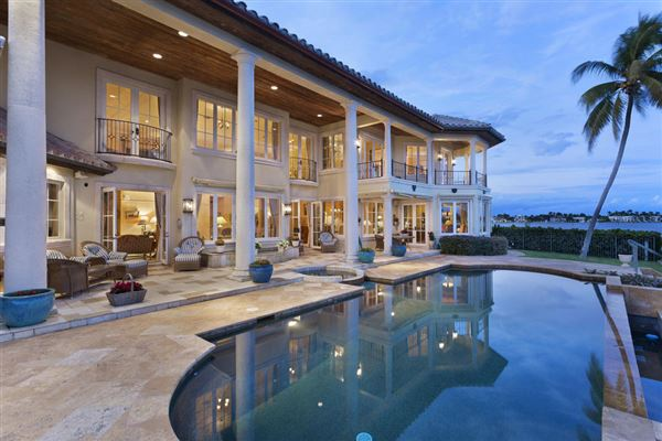 Luxury properties Spectacular Intracoastal point lot estate