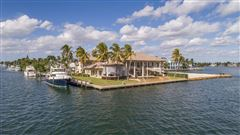 Mansions Spectacular Intracoastal point lot estate