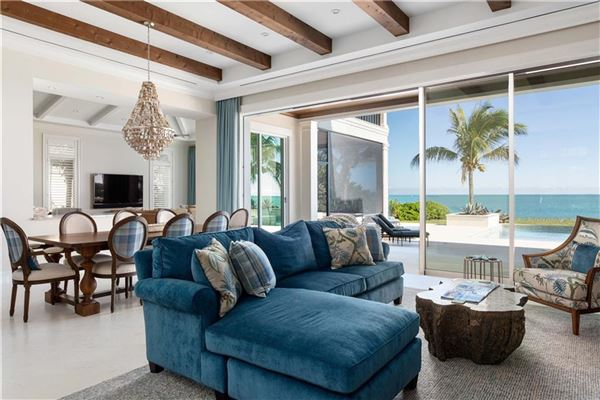 Luxury homes ample ocean views in vero beach
