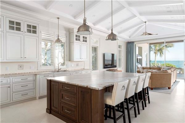 Luxury properties ample ocean views in vero beach