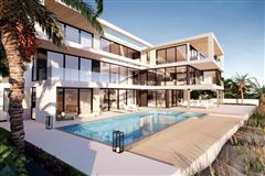 Luxury real estate An oceanfront estate in highland beach