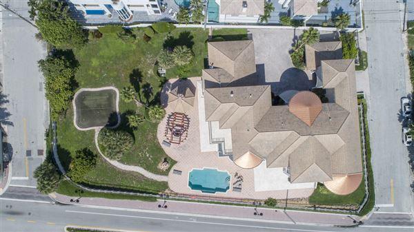 Luxury homes Palatial Oceanview Estate