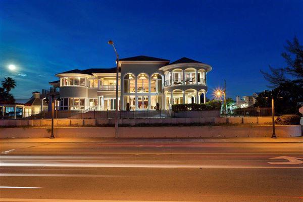 Palatial Oceanview Estate luxury homes