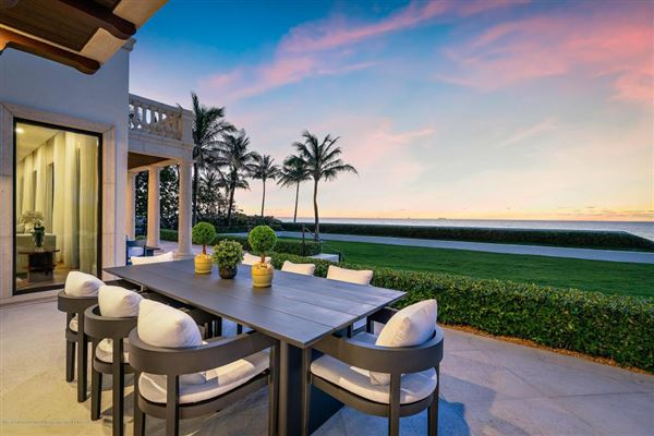 Luxury homes Estate Section Oceanfront with Beach Access