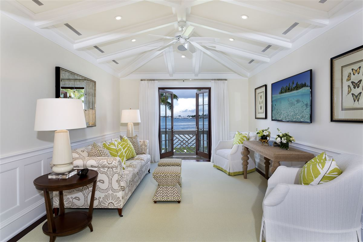 idyllic north-end compound in palm beach luxury real estate