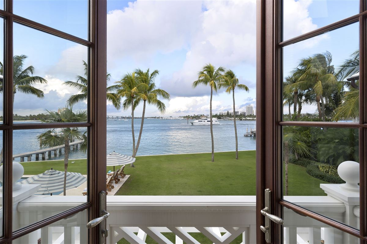 idyllic north-end compound in palm beach luxury properties
