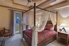 custom-built showplace luxury homes
